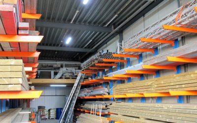 75% minder lampen nodig bij Cubord Signmakers